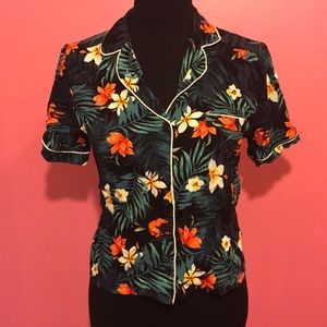 Forever 21 cropped Hawaiian floral button down NWT